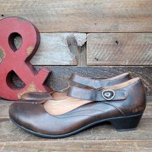 Stylish Taos Samba Mary Jane Rugged Leather Shoes